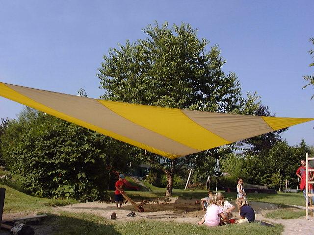 Sonnensegel gleichseitiges Dreieck 1200 cm Kantenlänge